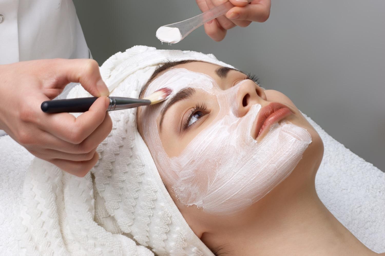 Zawodowy Kurs Kosmetyczny 160 godzin zegarowych (*213 godzin lekcyjnych)